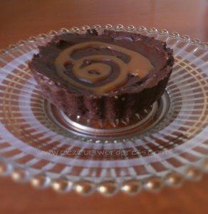 Minitarte cu ciocolata si caramel