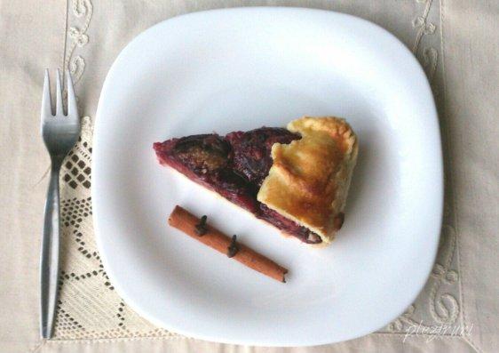 Tarta cu prune rustica