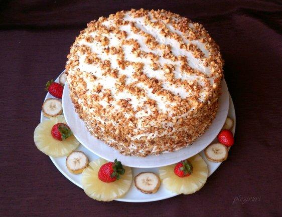 Tort cu banane si ananas - Hummingbird cake