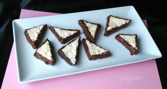 Triunghiuri cu cocos