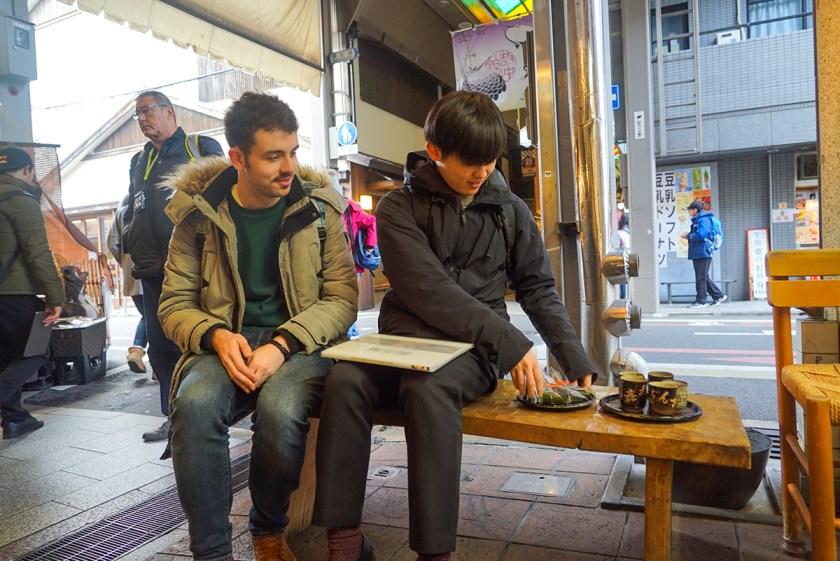 Nishiki Market Breakfast Walking Tour - Kyoto Japan