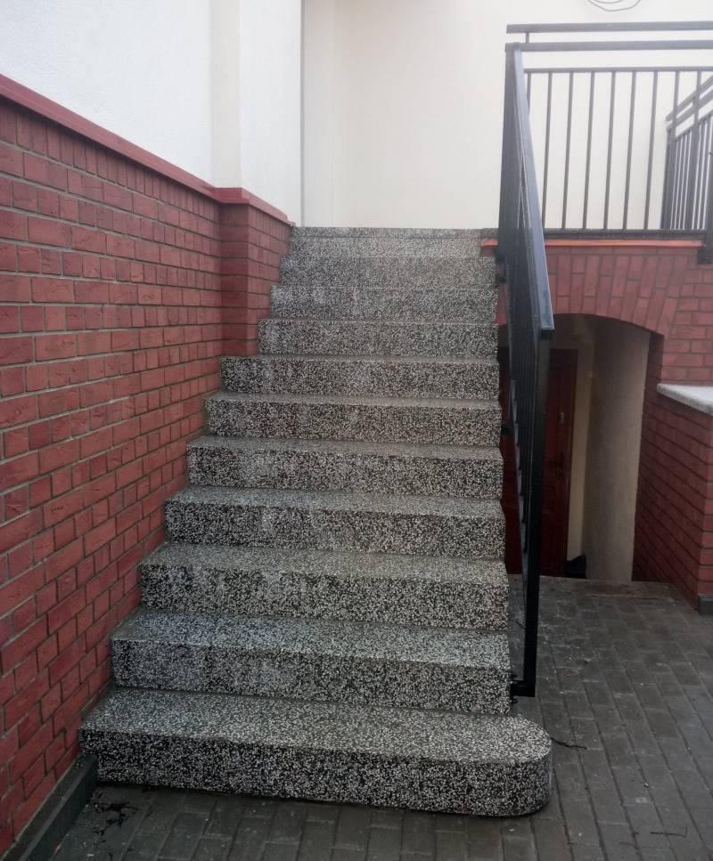 schody lastrykowe po renowacji
