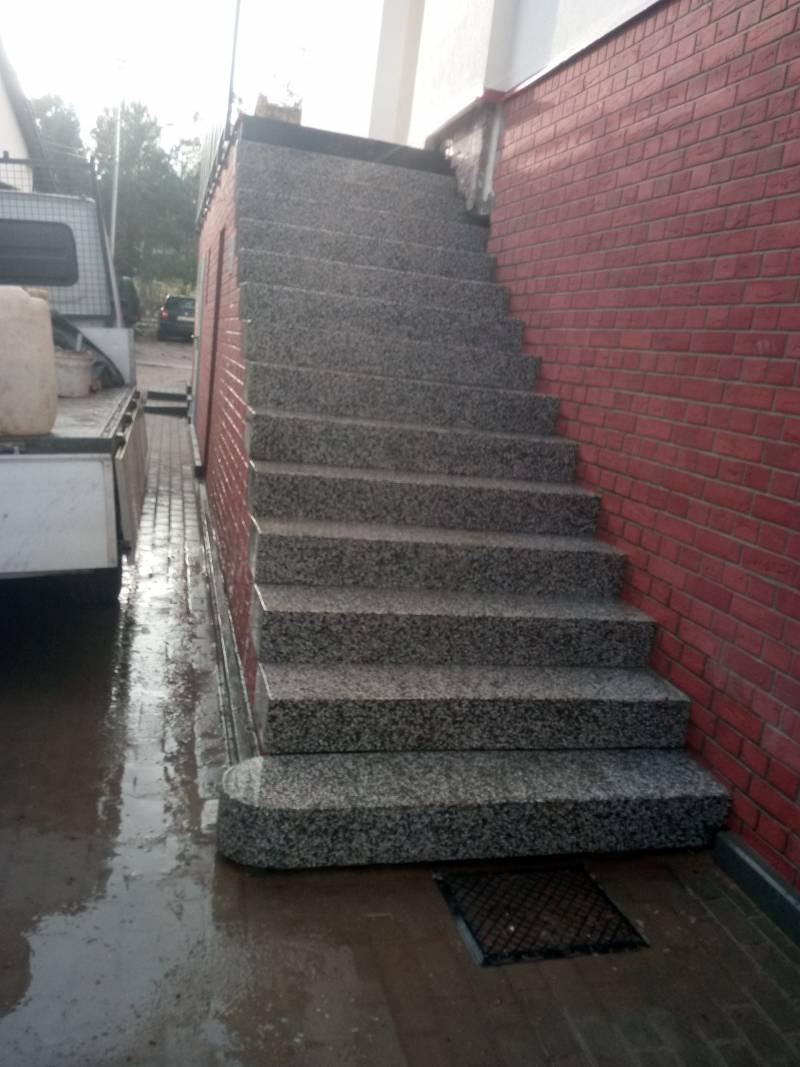 schody po renowacji