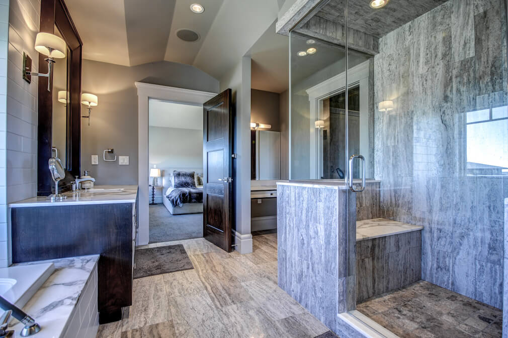 Ensuite-shower-20-October-Gold-Gate-Elbow-Valley-For-Sale-Plintz-Real-Estate-Calgary-Sothebys