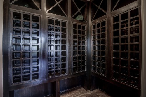 Wine-cellar-20-October-Gold-Gate-Elbow-Valley-For-Sale-Realtor-Plintz-Luxury-Real-Estate-Calgary-Sothebys