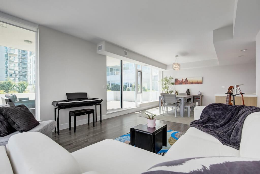 Downtown-luxury-modern-evolution-Realtor-210-510-6-Avenue-SE-east-village-calgary-real-estate-for-sale-condo-plintz-sothebys