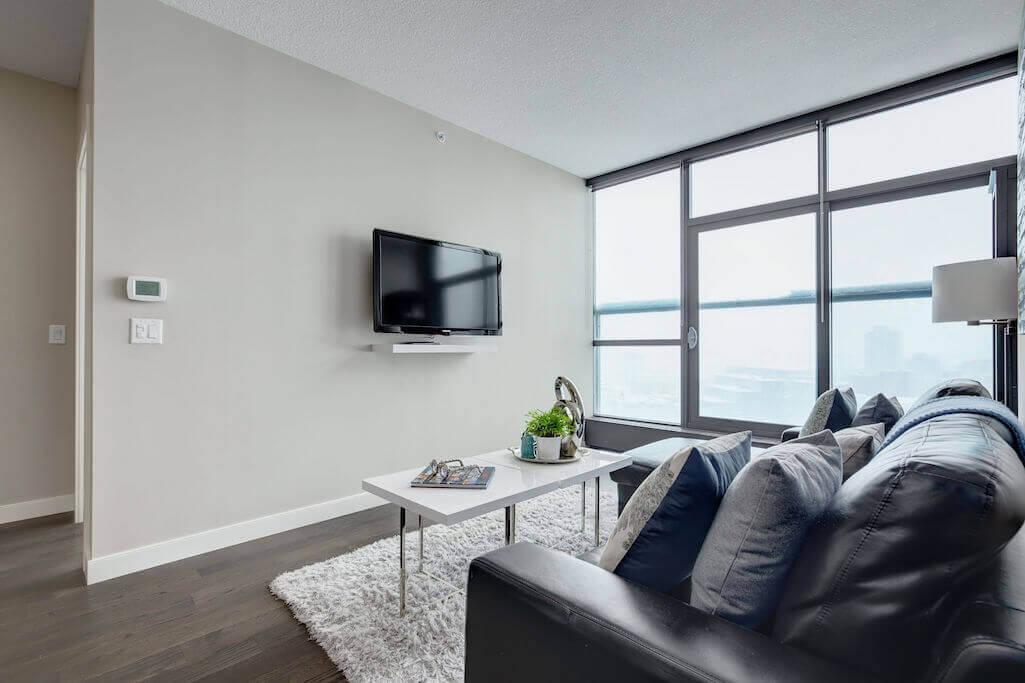 floor-to-ceiling-windows-2402-225-11-Avenue-SE-Keynote-Condo-Victoria-Park-Beltline-Calgary-Real-Estate-Plintz-Realtor-Luxury