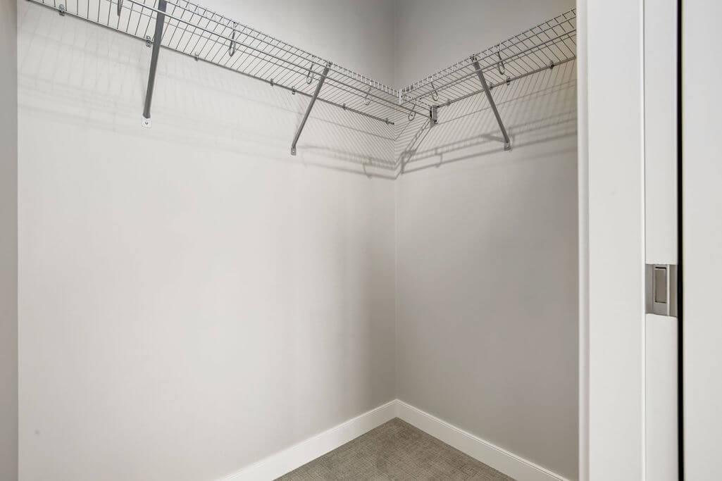 closet-2402-225-11-Avenue-SE-Keynote-Condo-Victoria-Park-Beltline-Calgary-Real-Estate-Plintz-Realtor-Luxury