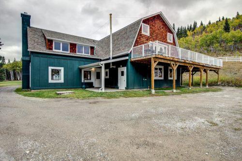 workshop-maintenance-deer-house-event-space-Crossing-Ghost-River-Plintz-Real-Estate-For-Sale