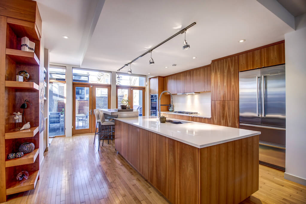 mid-century-design-904-31-Avenue-NW-cambrian-heights-mount-pleasant-calgary-real-estate-for-sale-plintz
