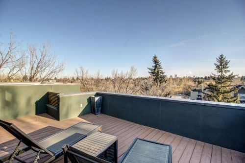 city-skyline-view-904-31-Avenue-NW-cambrian-heights-mount-pleasant-calgary-real-estate-for-sale-plintz