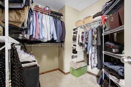 walk-in-closet-303-Valley-Crest-Court-NW-Valley-Ridge-Plintz-Real-Estate-For-Sale-Calgary-Alberta