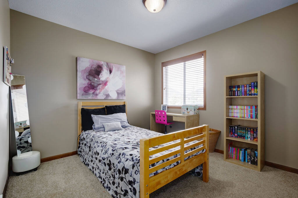 kids-room-303-Valley-Crest-Court-NW-Valley-Ridge-Plintz-Real-Estate-For-Sale-Calgary-Alberta