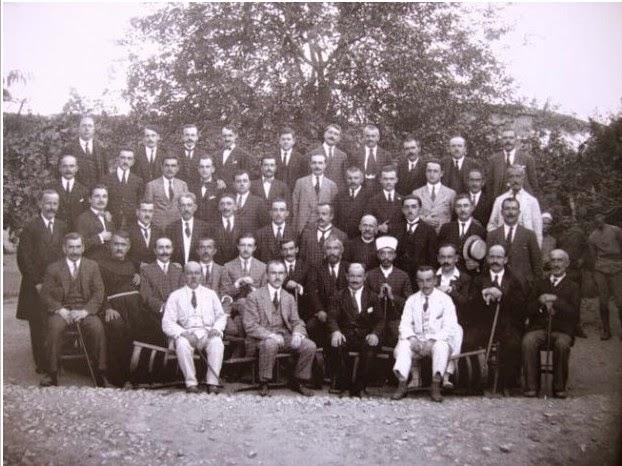 Pjesëmarrës të Kongresit të Lushnjës (1920)