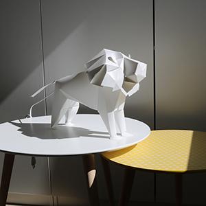 lion carré 300×300