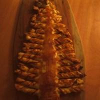 Gevulde bladerdeegkerstboom & spiraalhapjes
