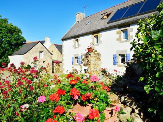 CHAMBRES D'HÔTES 5 chambres - 12 personnes Classement 3 Epis Gîte de France (ref D-01)