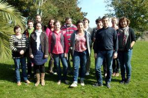 L'équipe de l'école maternelle et élémentaire privée de Plonéour-Lanvern en 2015