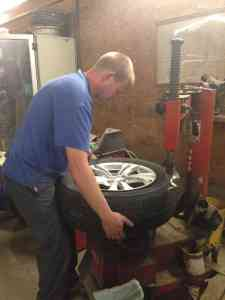 tire putter on tool
