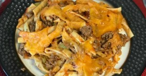 farmhouse hamburger and noodle casserole