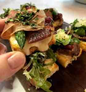 prosciutto flatbread