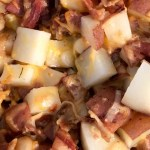 easy crock pot red potatoes loaded with bacon and cheese