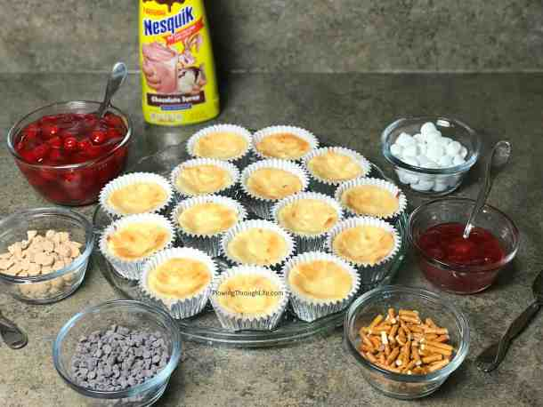 easy dessert bar idea - make your own mini cheesecakes