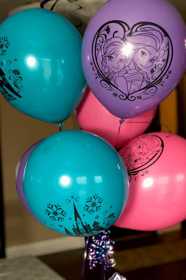 FROZEN party balloons
