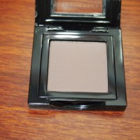 Bobbi Brown Slate Eyeshadow, Reivew, Photos, Swatches