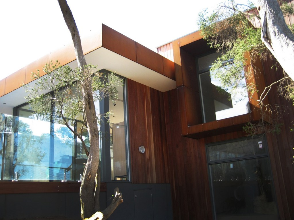 External building facade in Corten - Point Lonsdale by PLR Design