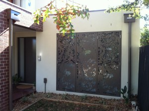 'Olinda Leaves' Decorative Door