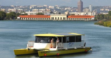 Solar electric river shuttle has 9 hours autonomy