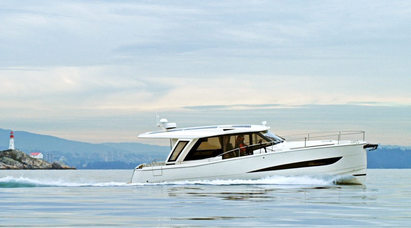 all electric charter fleet is made up of 6 of these Greenline yachts