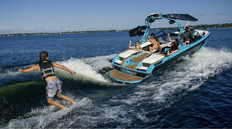 Wakeboarding towboat that will be made in new electric boat building facility