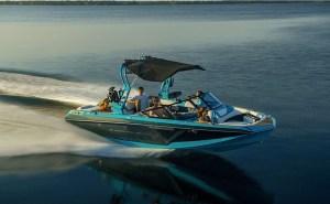 Electric Boat Awards nominee Super Air Nautique GS22E