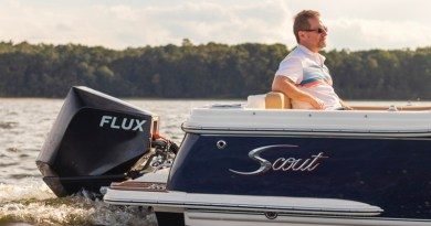 New electric outboard wins 2 awards at Newport Boat Show