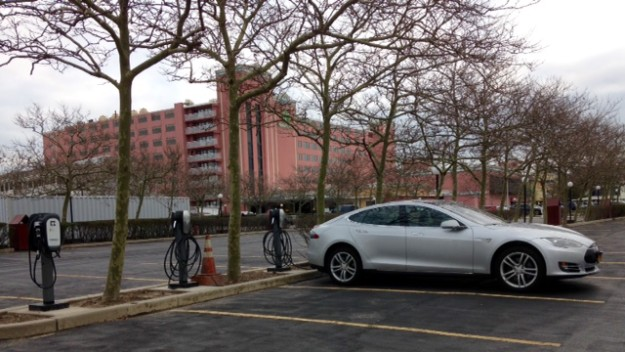 First EV charging stations in Ocean City now open at Holiday Inn Oceanfront