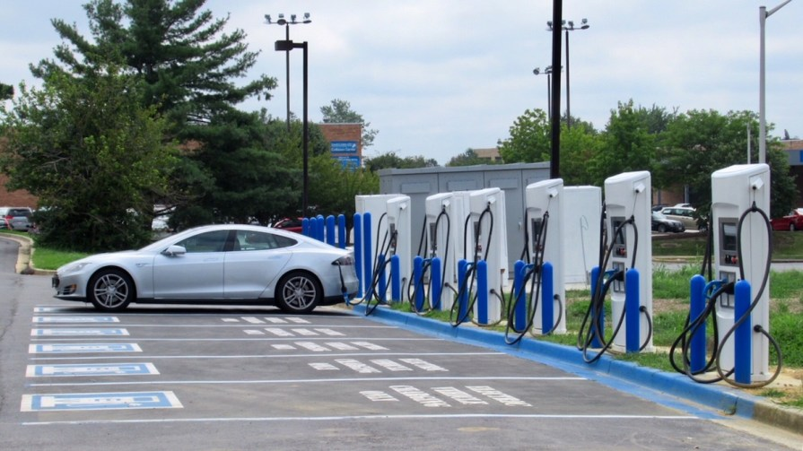 EVgo Fast Charger Site Opens in Silver Spring, MD | PlugInSites