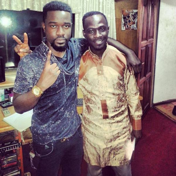 TBT: Okyeame Kwame and Sarkodie pose for the camera