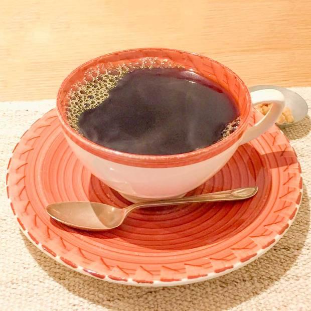 コーヒーカジタのブレンドコーヒー深いりを堪能