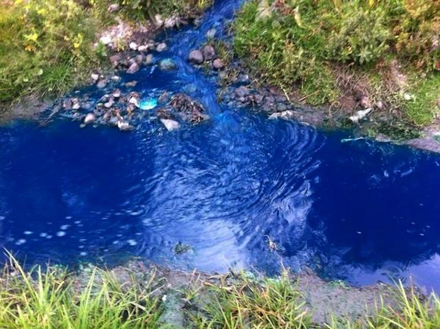 Desechos industriales están matando al río Atoyac – Plumas Atómicas