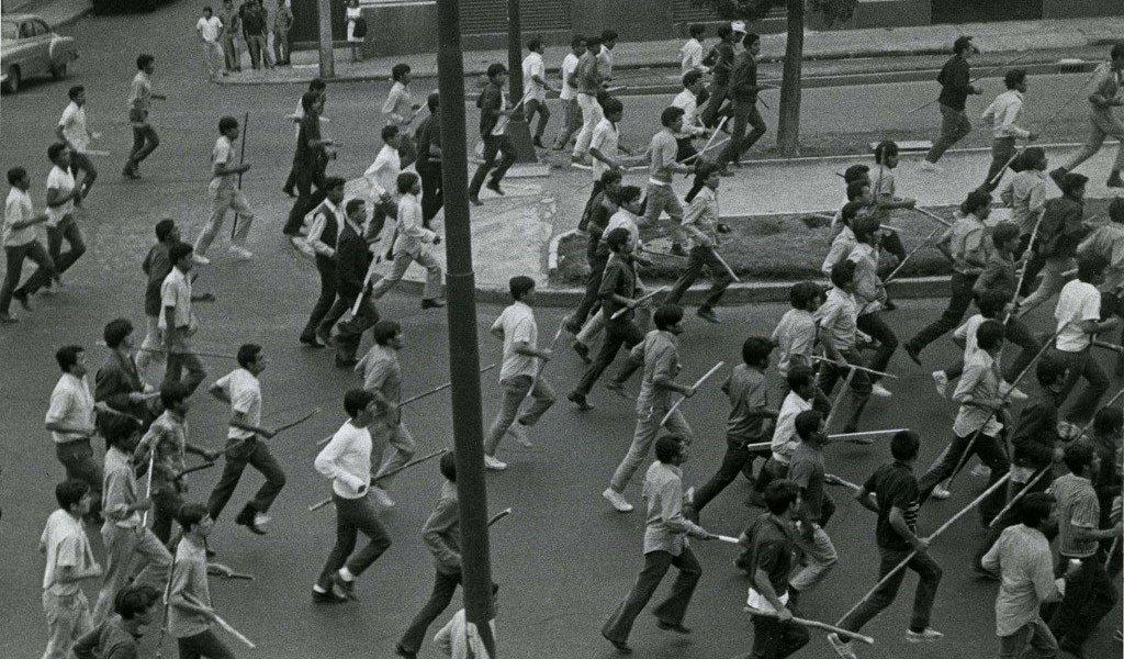 Grupos de choque y porros: una vieja 'costumbre' en la UNAM