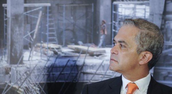 Mancera lidera encuesta para el Frente Amplio Democrático