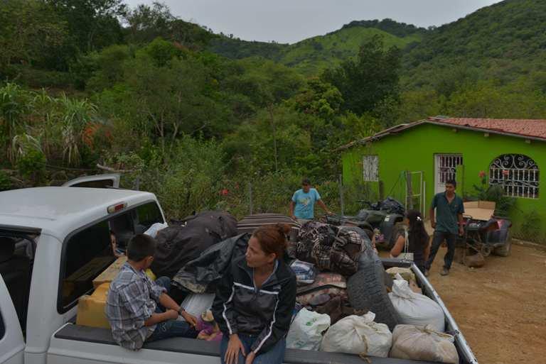 Huixiopa es otro ejemplo de pueblos desplazados por la violencia del narco