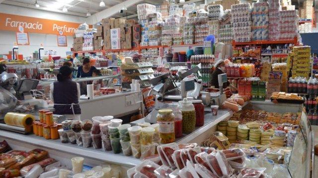 Abarroteros mayoristas seria competencia contra tiendas de autoservicio