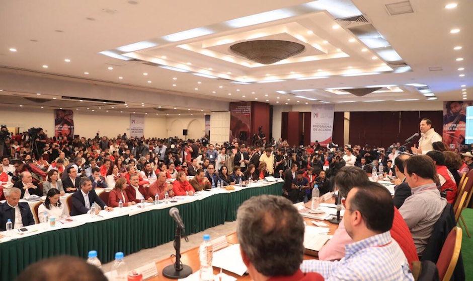 PRI podrá nombrar candidatos no militantes en elecciones 2018