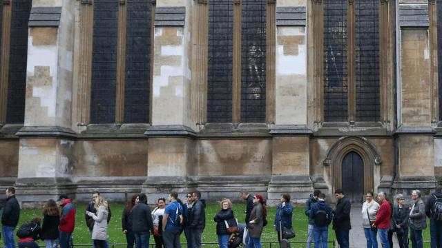 Odinistas demandan devuelvan iglesias que eran templos paganos en Inglaterra