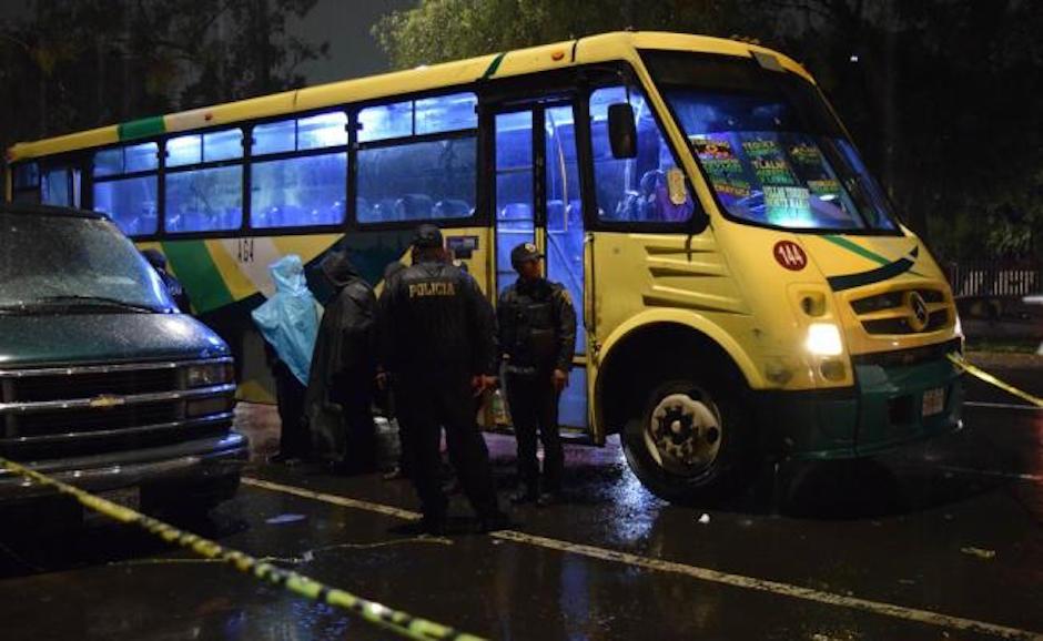 3 asaltantes, robo, balacera, autobús, gustavo a madero