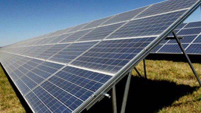 suministro energía solar California en peligro por eclipse