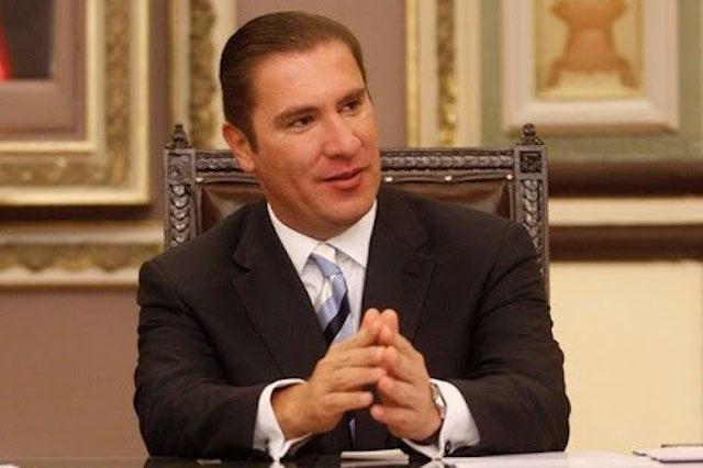 Moreno Valle fiscal a modo